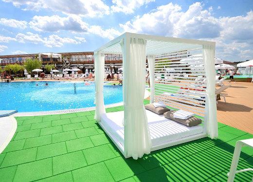 piscina_anna summer_events_tg_jiu_mic